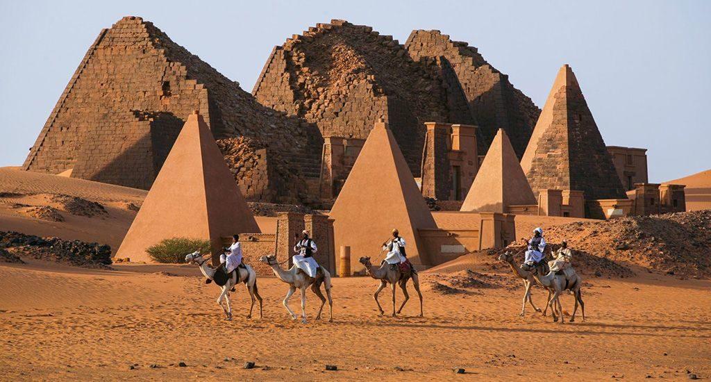Пирамиды в Судане