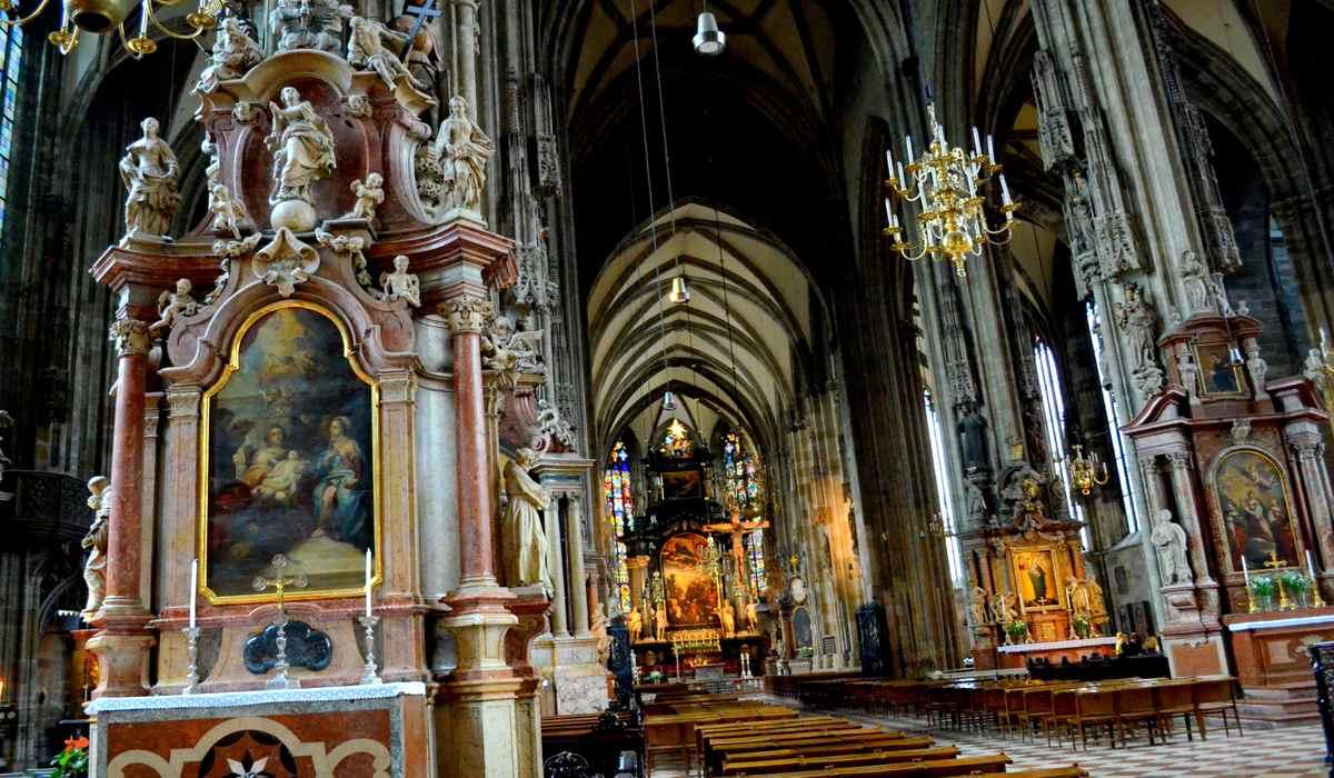 Базилика Св. Стефана изнутри