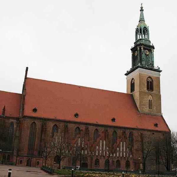 Церковь Мариенкирхе в Берлине
