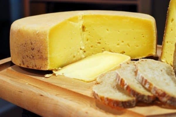 Сыр Грюер