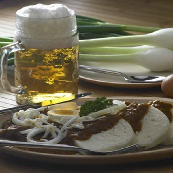 Чешское пиво с кнедликами