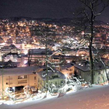 Ночной альпийский городок