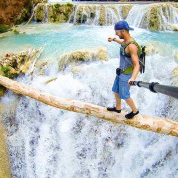 Опасное селфи над водопадом