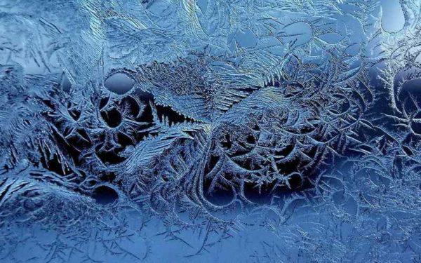 мороз на стеклах