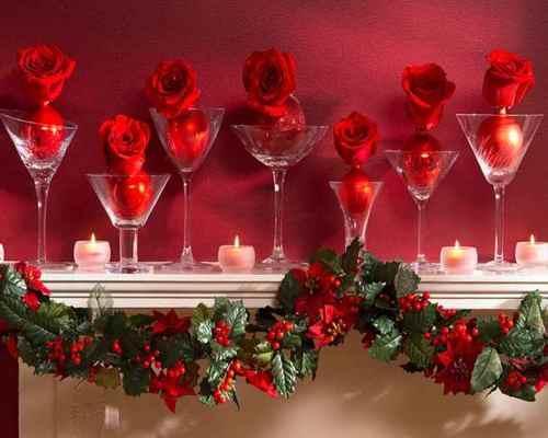 Рождественская декорация из бокалов