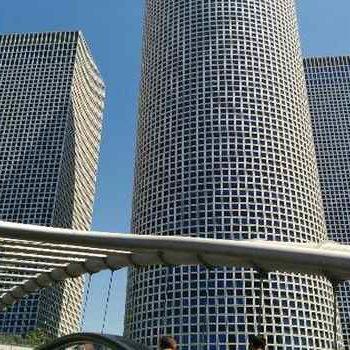 Гигантские небоскребы