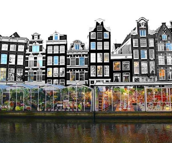 Амстердам дома у каналов