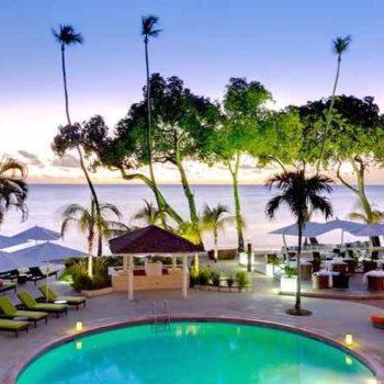 Барбадосс отель у моря