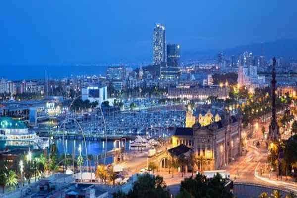 Барселона ночью