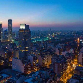 Буэнос-Айрес ночью с высоты