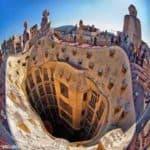 Интересное здание в Барселоне