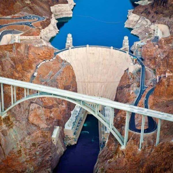 Мост у плотины Гувера