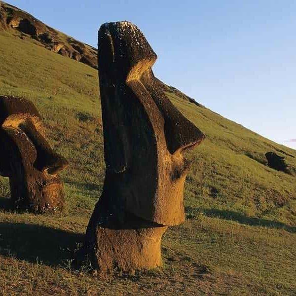 Остров Пасхи статуя