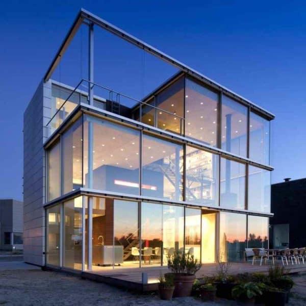 Дом на берегу. Нидерланды
