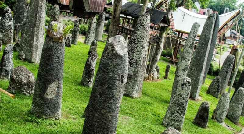Мегалиты на о. Сулавеси