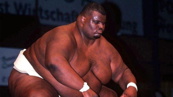 Самый большой и тяжелый сумоист в мире