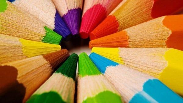 Цветные карнадаши