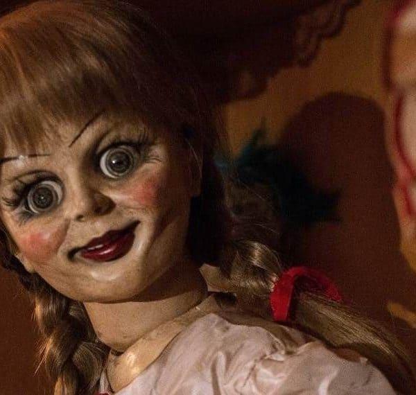 Кукла Анабель (кадр из фильма)