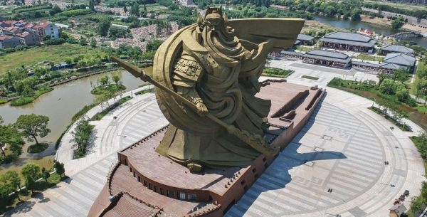 Самые большие статуи